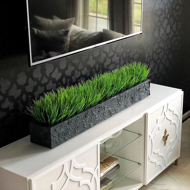 Hey guys! Looking for another DIY Home Decor project? Here's a planter I made with faux grass. I originally was going to buy one but I couldn't find one that was the right size I wanted. So, I pulled out my tools 🛠. If you would like to see how I made it, click the link in my bio to see the featured video. . . . . . . . . . . . . . . . . . . . . #homeaccessories  #diyhomedecor #diydecorideas #diytutorial #diyproject #diyhomeprojects #diyhomedecor #planter #home #decor #interior  #diyplanter #homedecor #coffeetabledecor #greenery #interiorstyling #decorating #decorationideas