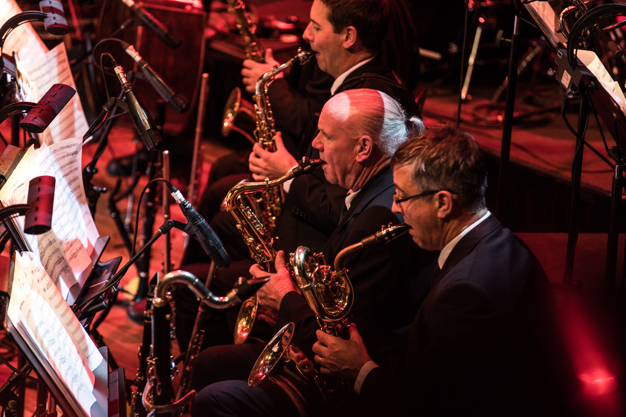 Close up of orchestra playing saxophone