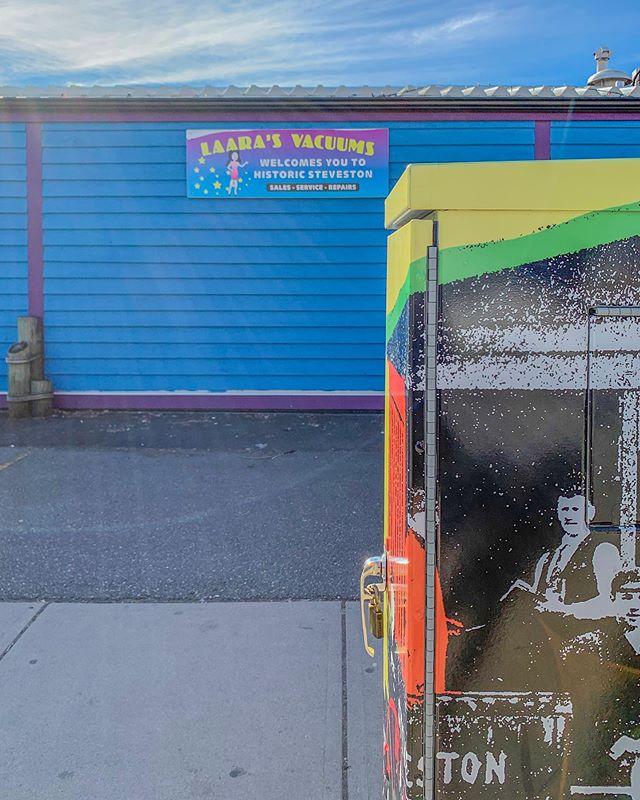 【2010s】in #Vancouver  Photo by @daisyyha  #daisycodephotography #explorebc  #photobydaisyh #vancouver#canadasworld#insidecanada#paradisecanada #shotoniphone #daisycodetraveling #daisycodeca #dailyhivevancouver