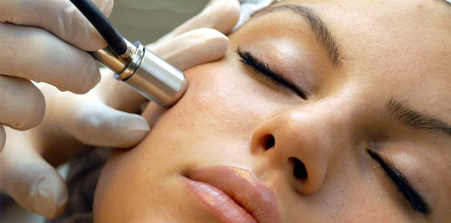 Microdermabrasion - SKIN TYPES: ALL SKIN TYPESUtilizing small powdered crystals, this treatment provides a deep exfoliation treatment that works best on improving a variety of skin ailments such as sun damage, fine lines, age spots, enlarged pores, acne and light scars. This non-invasive and painless procedures is best combined with the Aromatherapy Facial, Anti Aging Collagen Treatment, or Sea C. Spa Facial for best results.BEST FOR: WRINKLES, STRETCH MARKS, UNEVEN SKIN TONE, PIGMENTATION, SCARRING1 TIME SESSION: $60