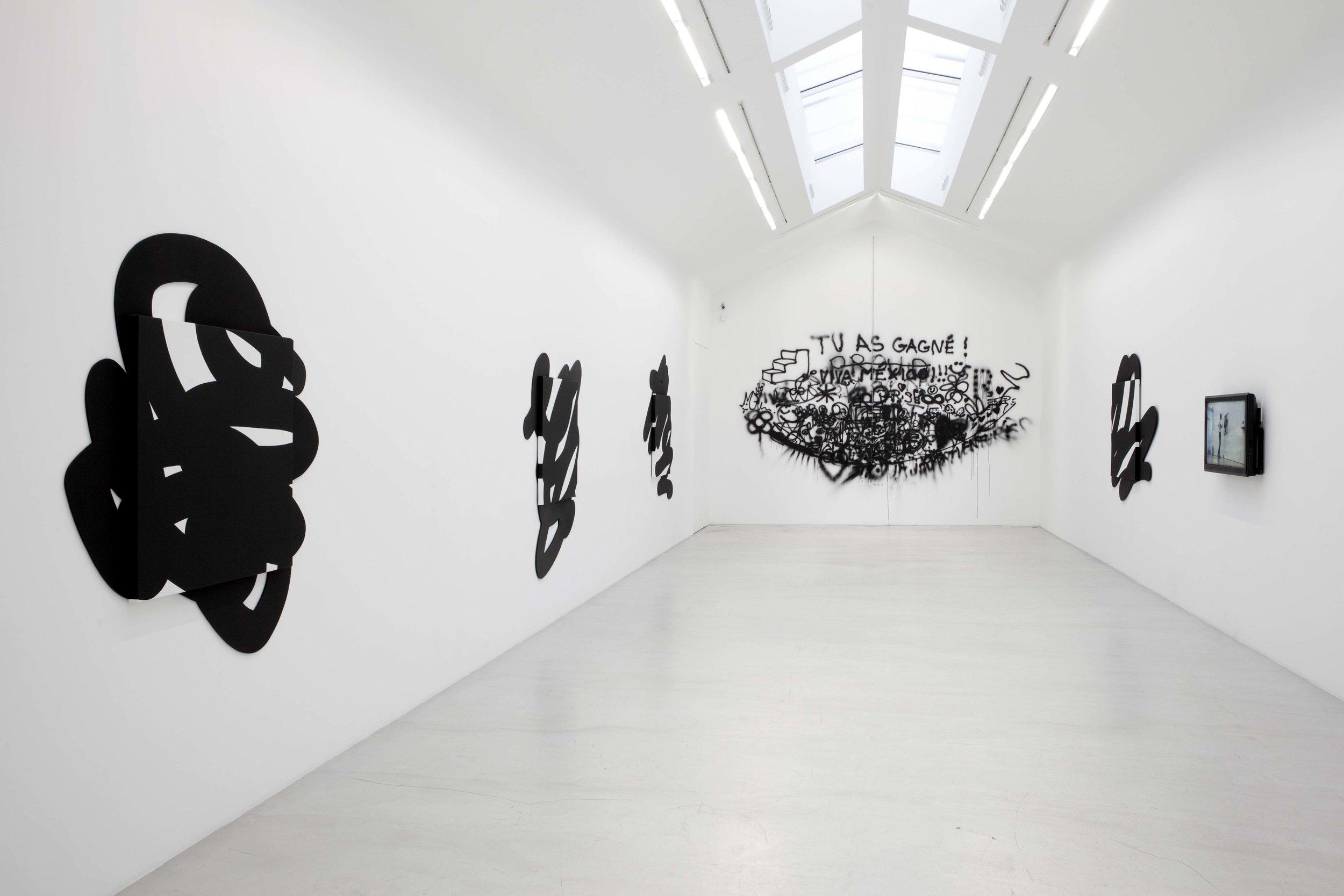 Caliente Exhibition, 2011.
