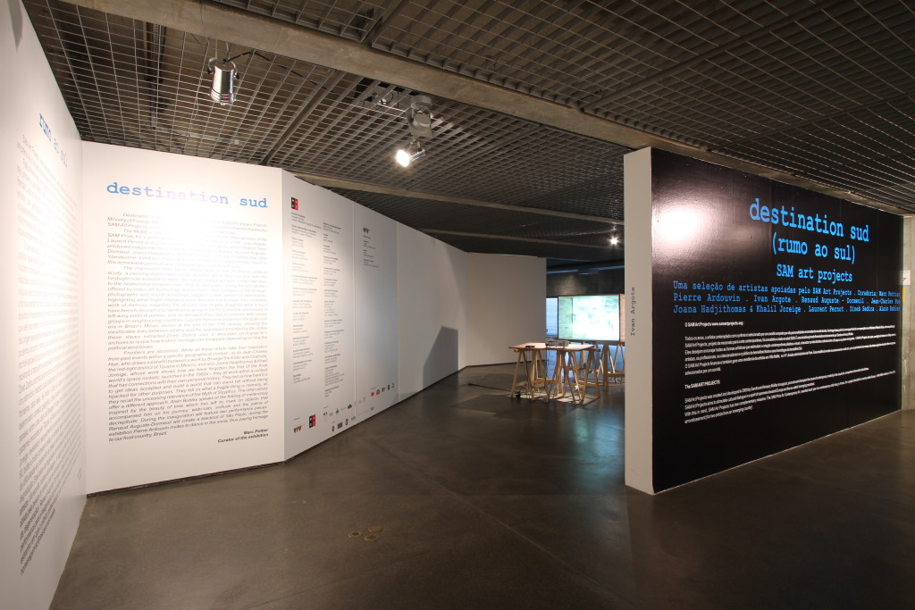 "Views of the exhibition ""Destination Sud"" au MuBE (2012)."