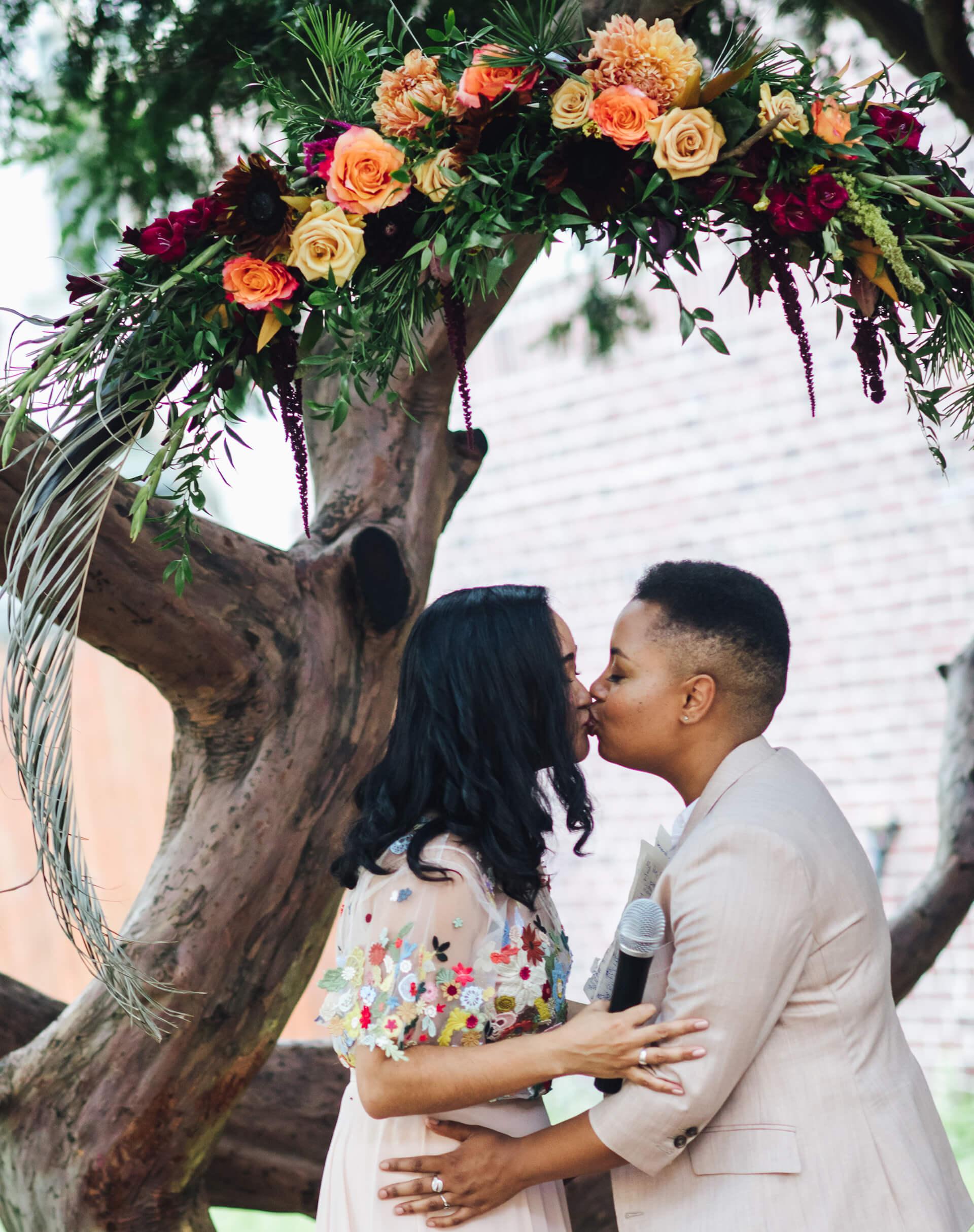 BROOKLYN SOCIETY FOR ETHICAL CULTURE - INTIMATE WEDDING - CHI-CHI ARI-298.jpg