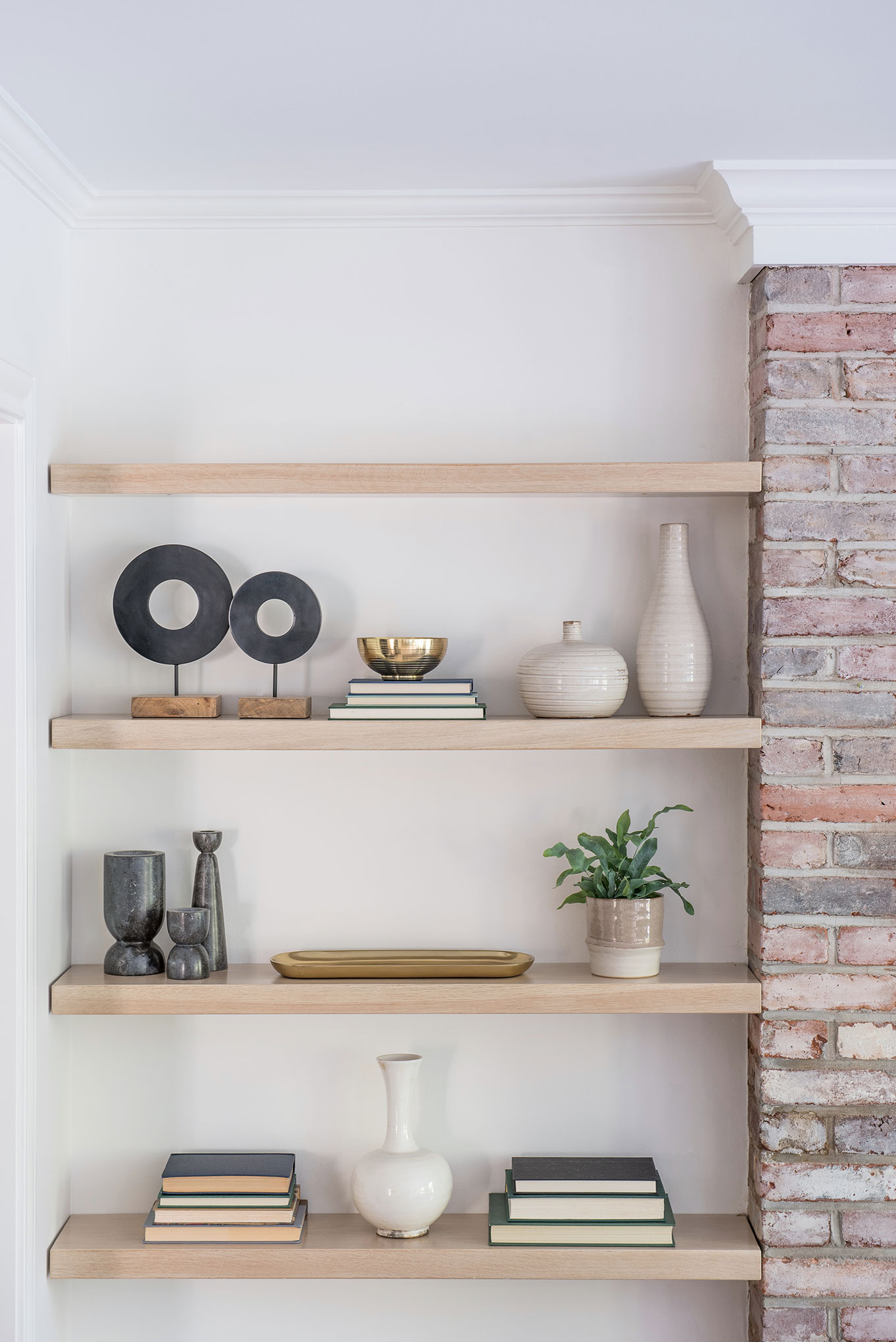 Northwest Hideaway | Amanda Steiner Design | Custom Shelves Detail
