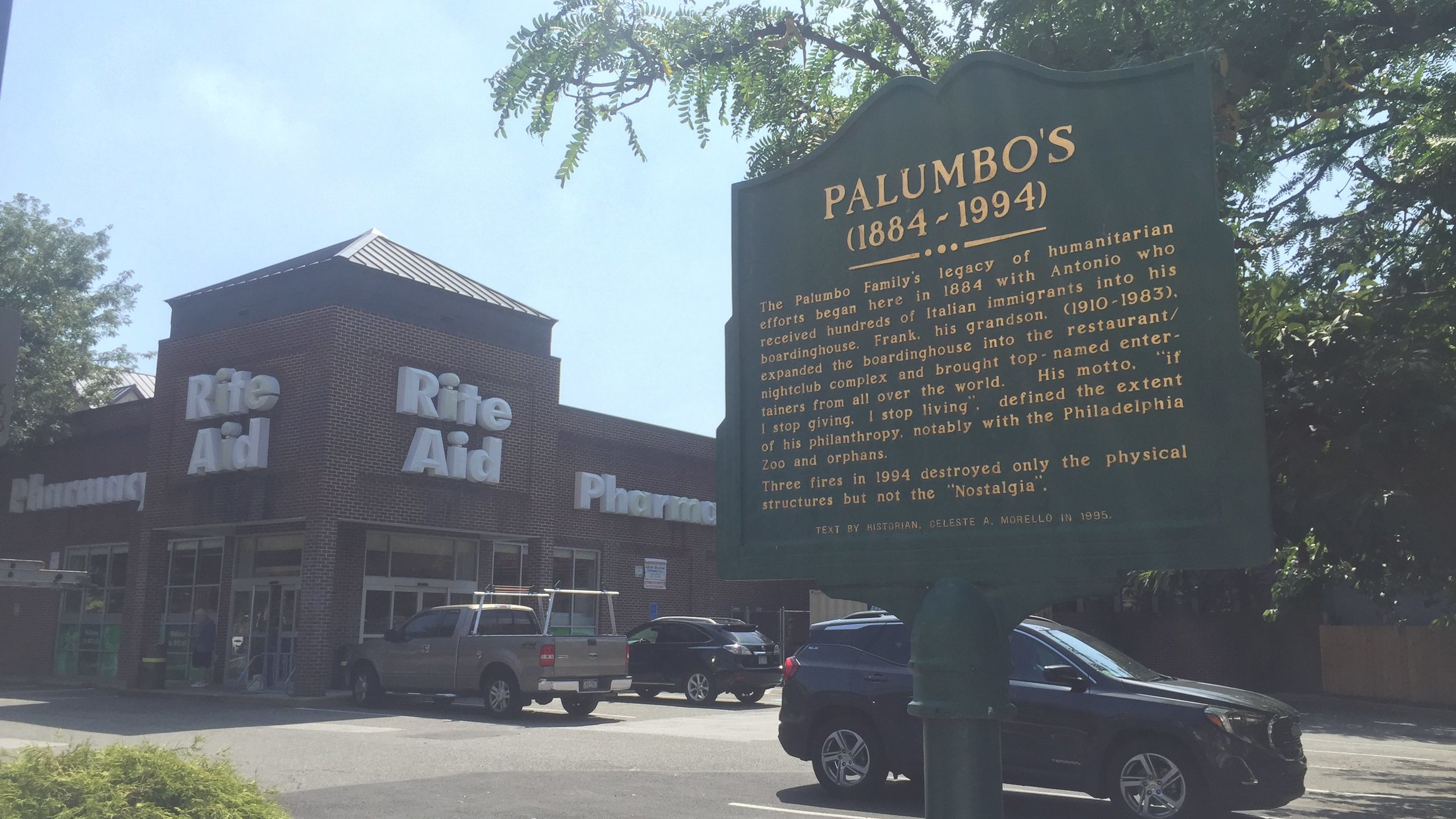 Palumbos - Exploring Philly's Italian Market with Zeeno - Her Bags Were Packed