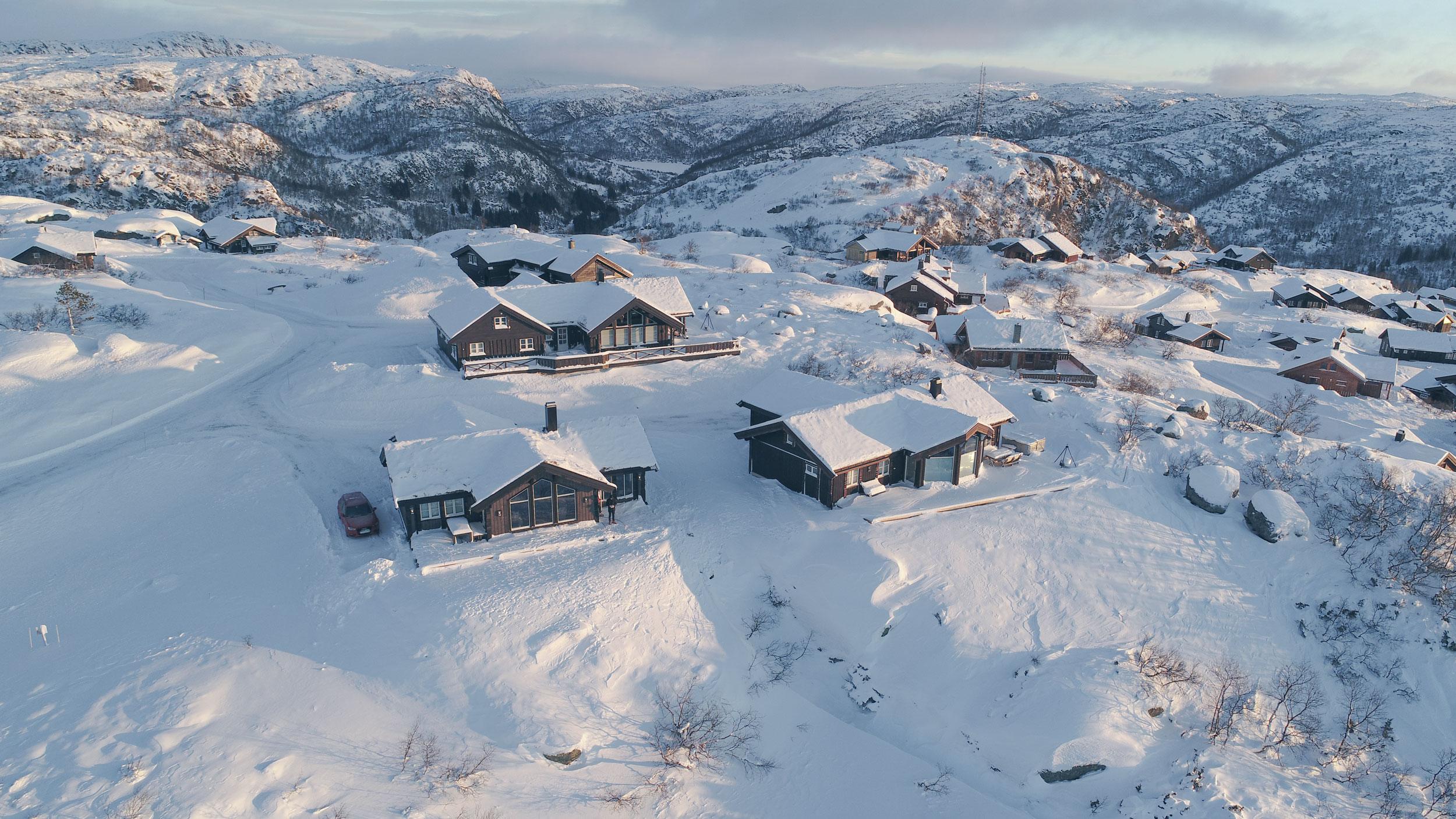 Dronefoto-hytter.jpg