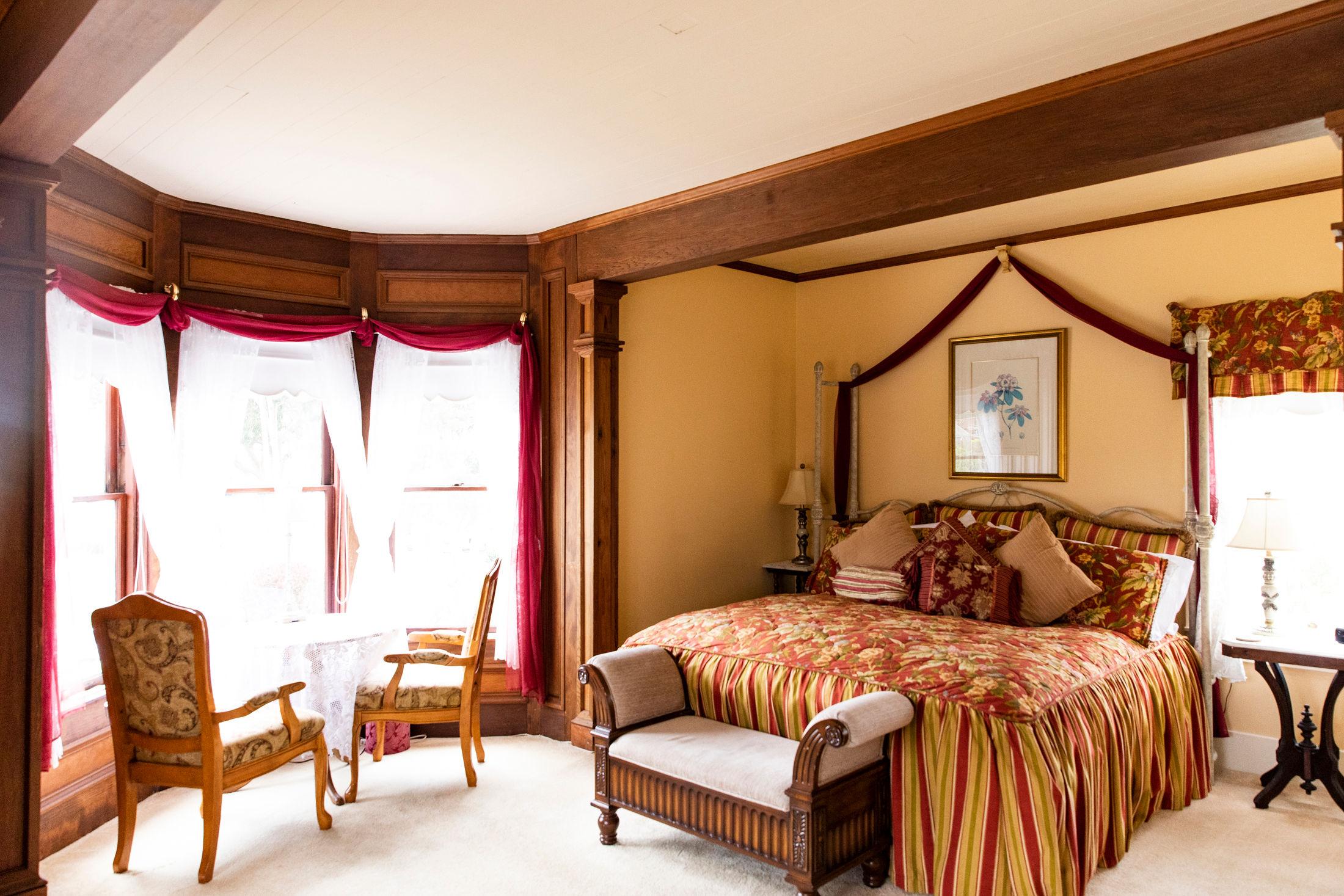 Bessie Strauss Suite at The Headlands Inn in Mendocino, Ca