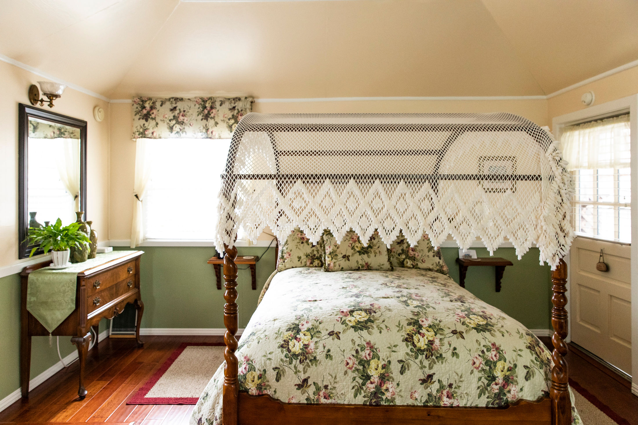 antique furnishings in the Caspar Cottage at The Headlands Inn in Mendocino, California