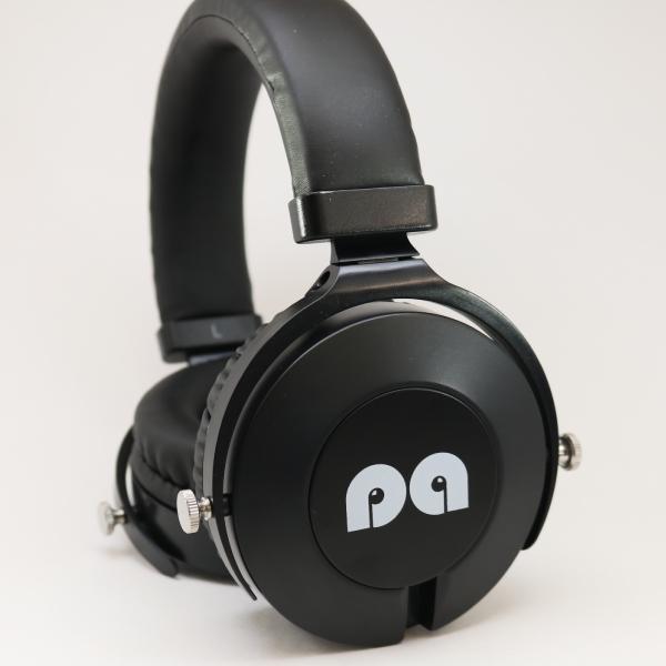 zaanu-on-ear-headphones-image-1.png