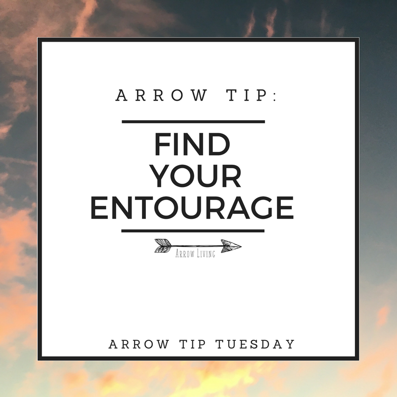 Arrow-Tip_-Find-Your-Entourage.png