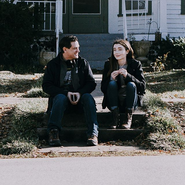 Chillin in front of the Winslow house with @sydnemikelle on @maxwinslowmovie #maxwinslow #sydnemikelle #srocinema #skipstonepictures #bentonville #northwestarkansas #bts #movie #houseofsecrets