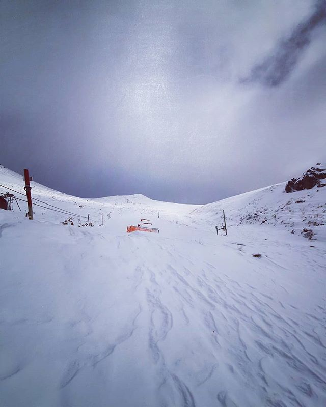 After a slow start to the season things are looking on track to open this coming weekend!  We have a fairly sound base with enough snow to ski the shirt front line. Stay posted later this week for updates!  #skitheclubbies #skihanmer #hanmerspringskiarea #hanmersprings #christchurchnz #nzmustdo #nzclubfields #nz #nzclubbies #winter #snow