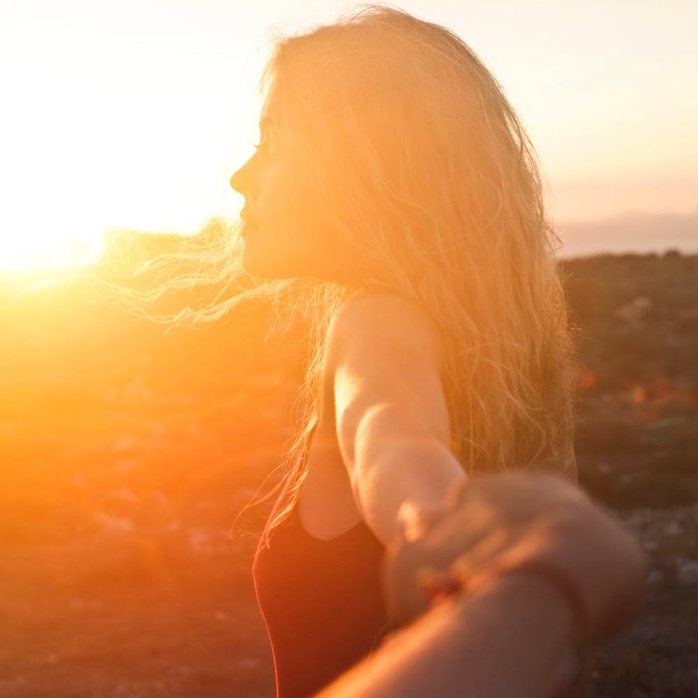 GLOW    Focus:  Essence, Sleep, Attitude, Life Energy   Key words:  Vibrancy, Harmony, Spirit