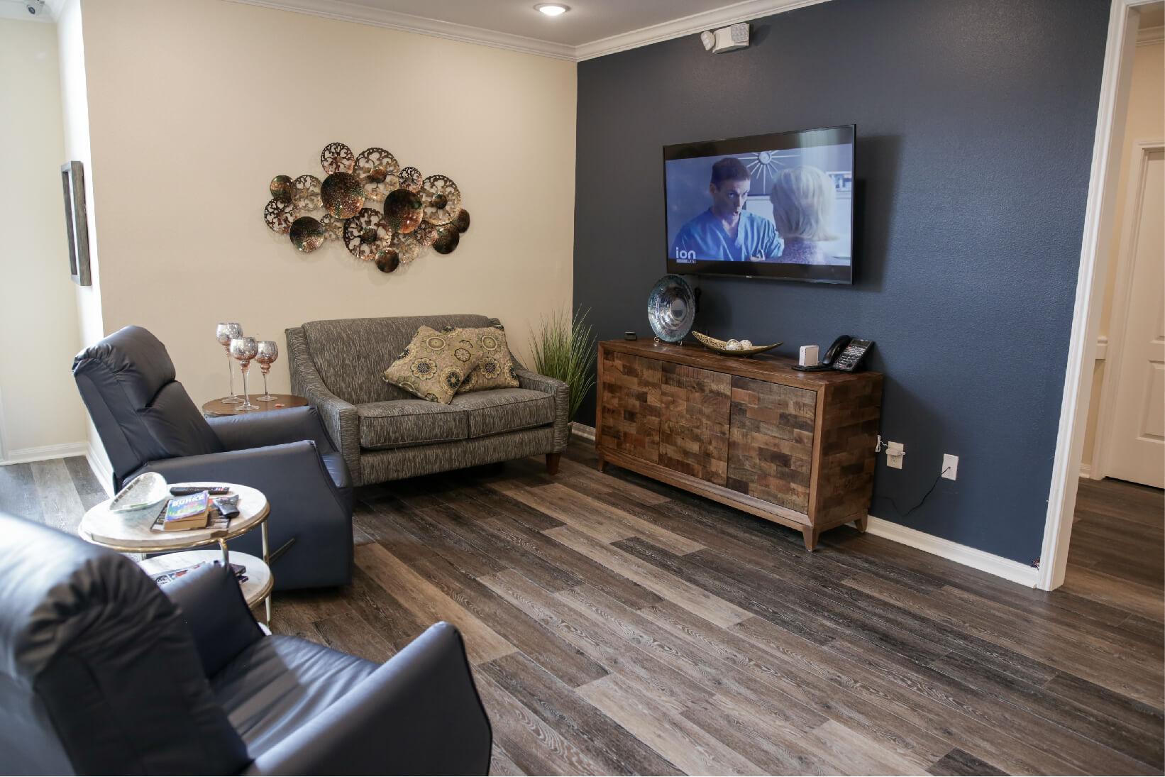 cosy lounge (1).jpg