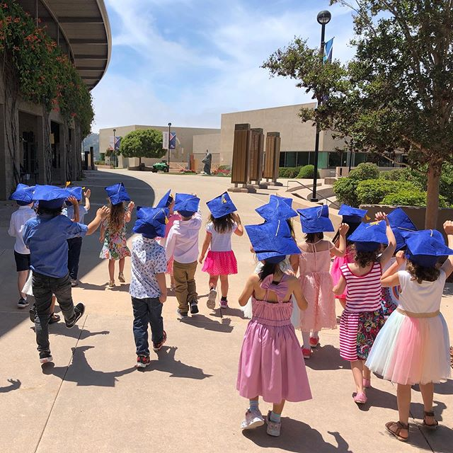 And there they go! It's never easy to say goodbye.  #Theyarefive #jewishlearning #morahleora