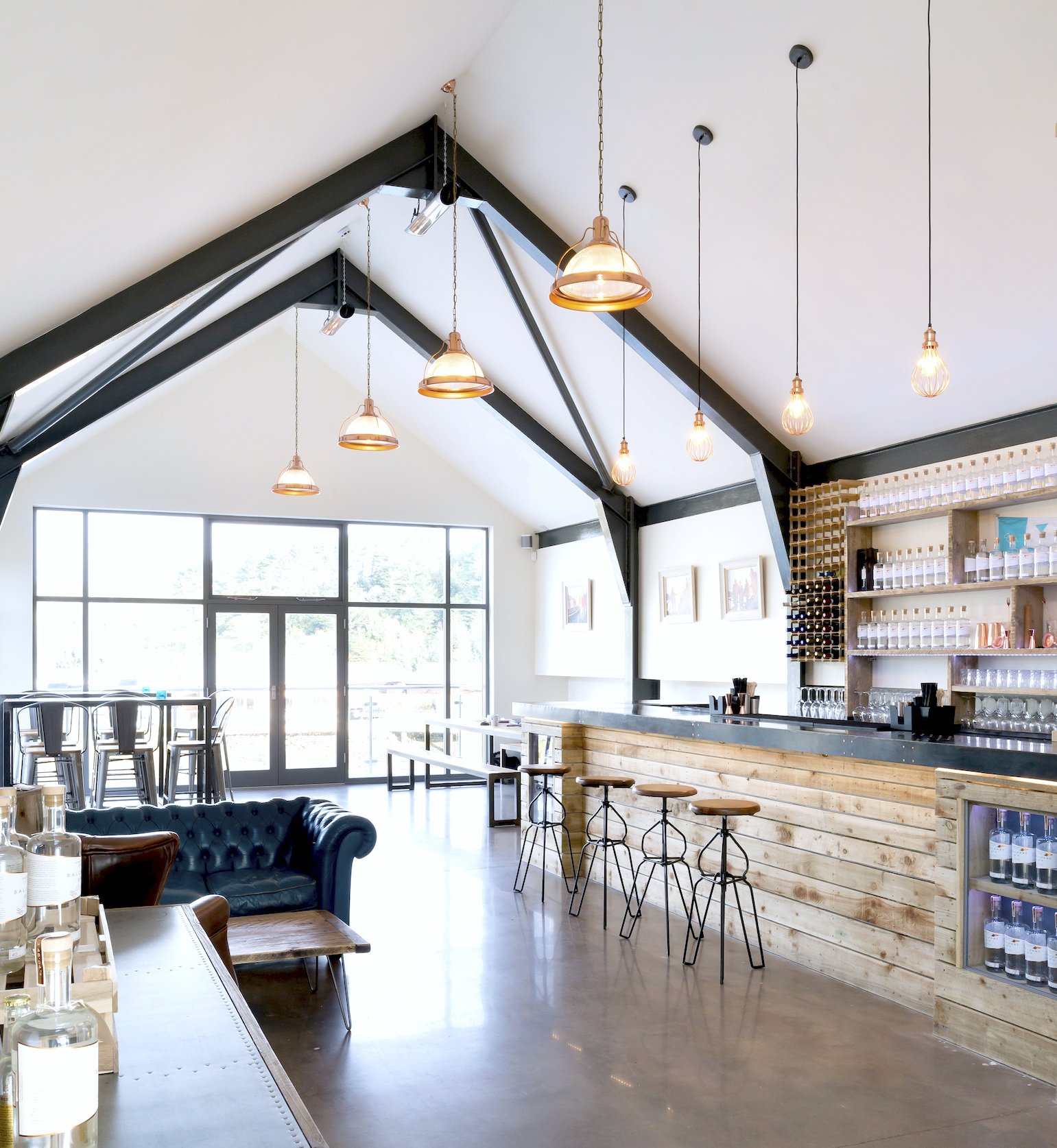 Salcombe Distillery Bar.jpg
