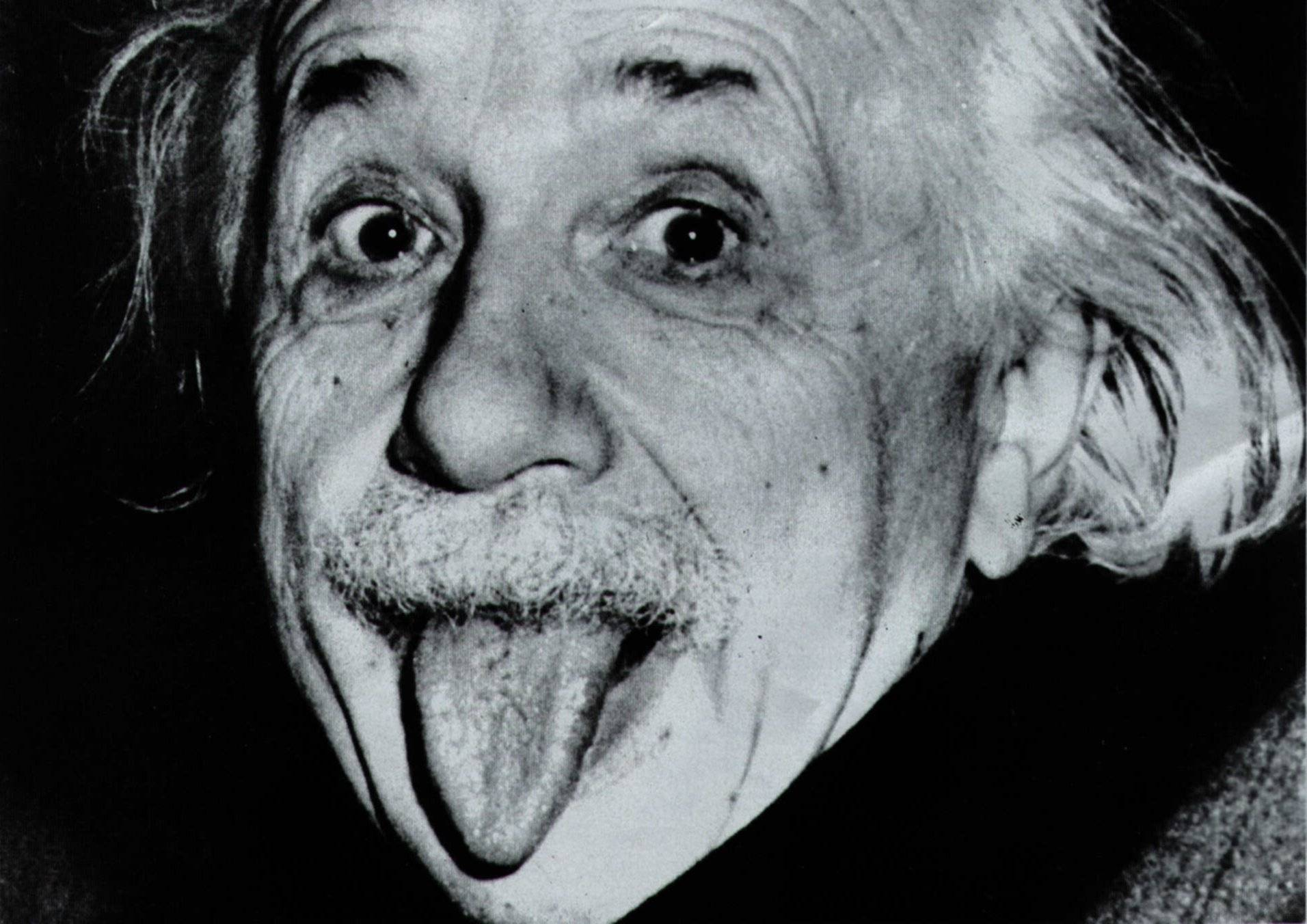 565dcdfe0e2163330400bf82albert-einstein-2071-hd-wallpapers.jpeg