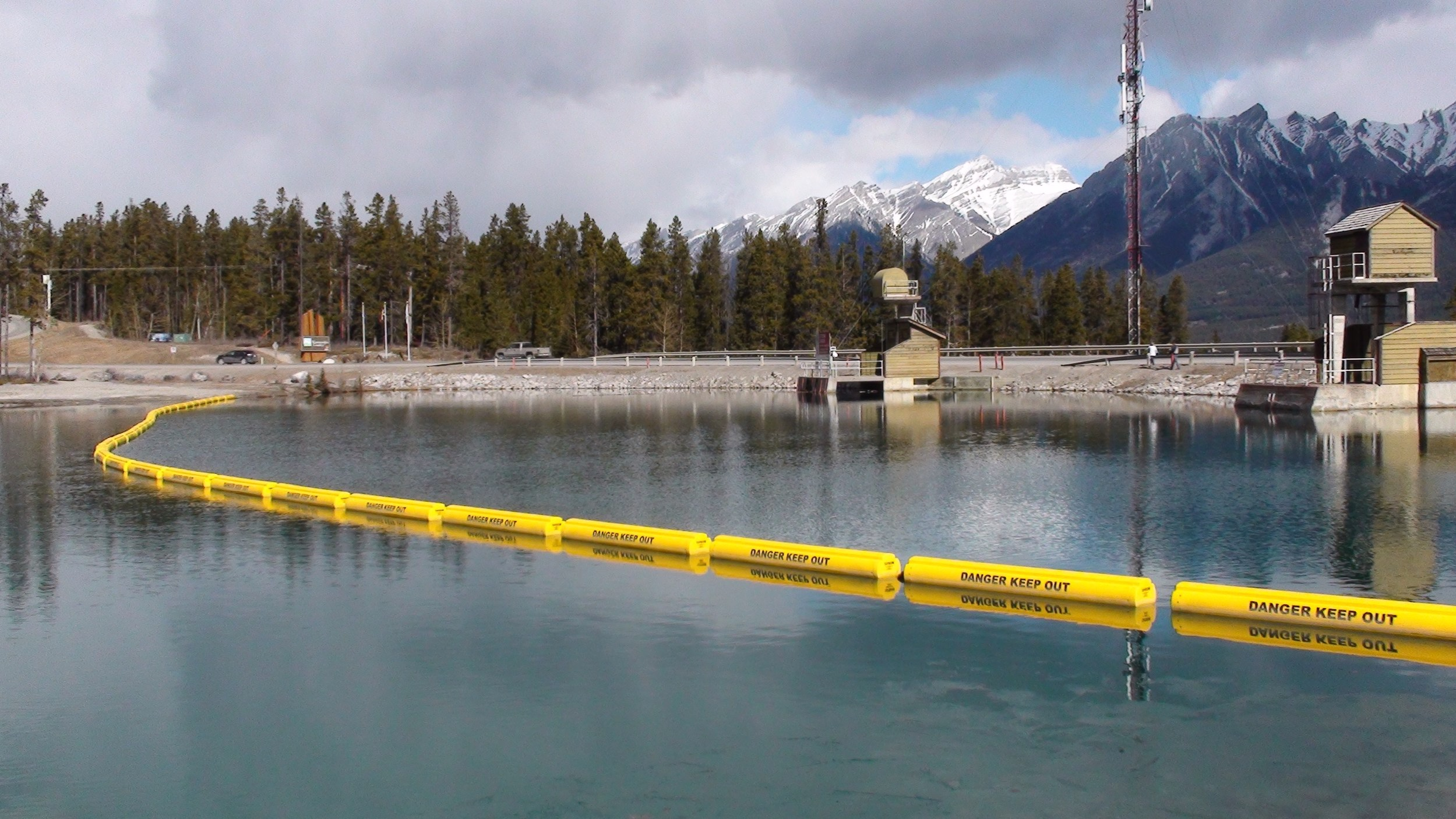 Rundle Dam (Alberta, Canada)