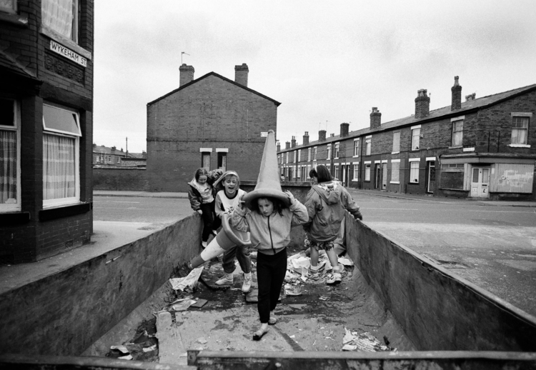 Moss Side Skip by Howard Barlow