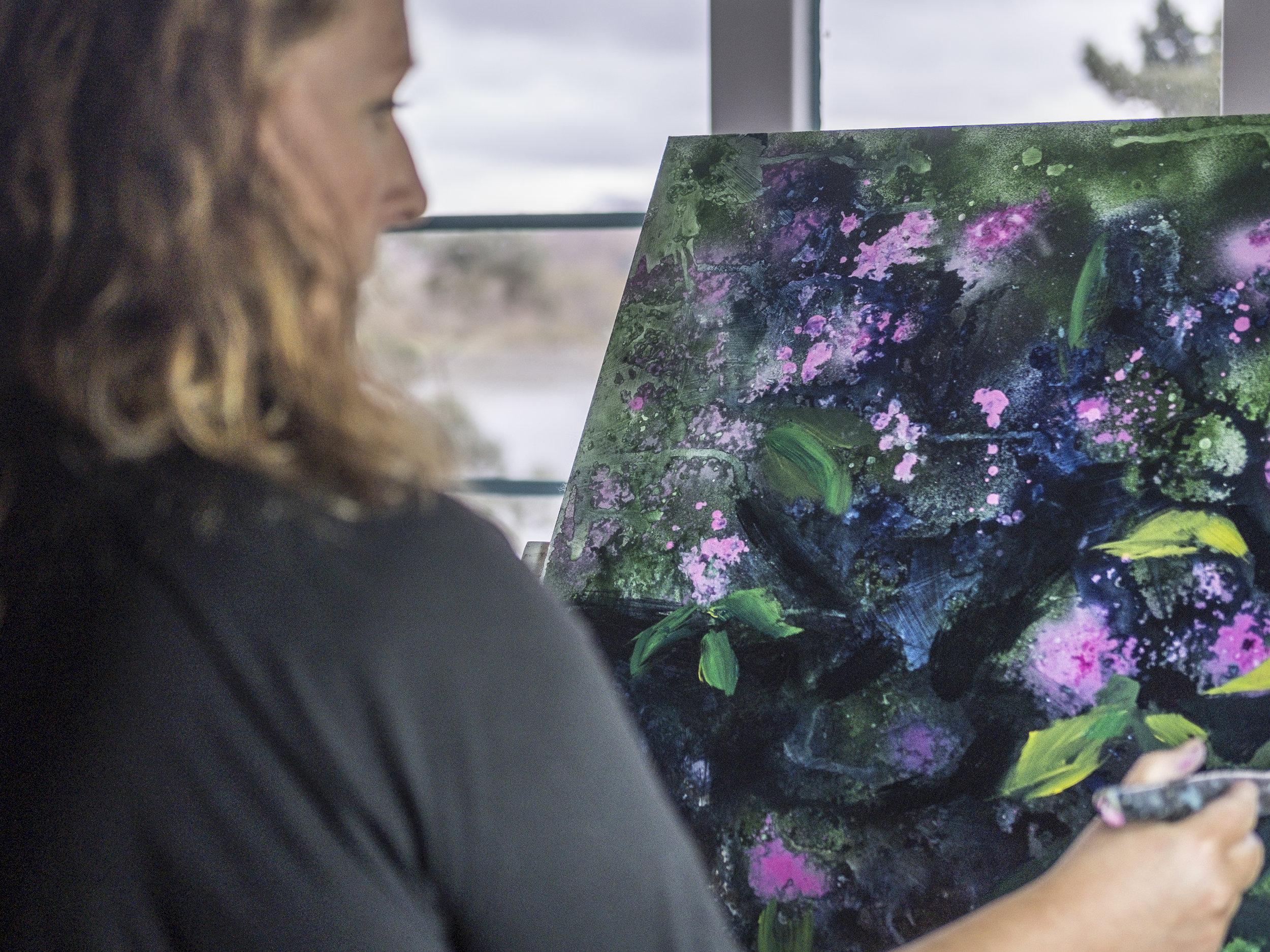 W: www.katherinesutherland.co.uk F : Katherine Sutherland-Artist