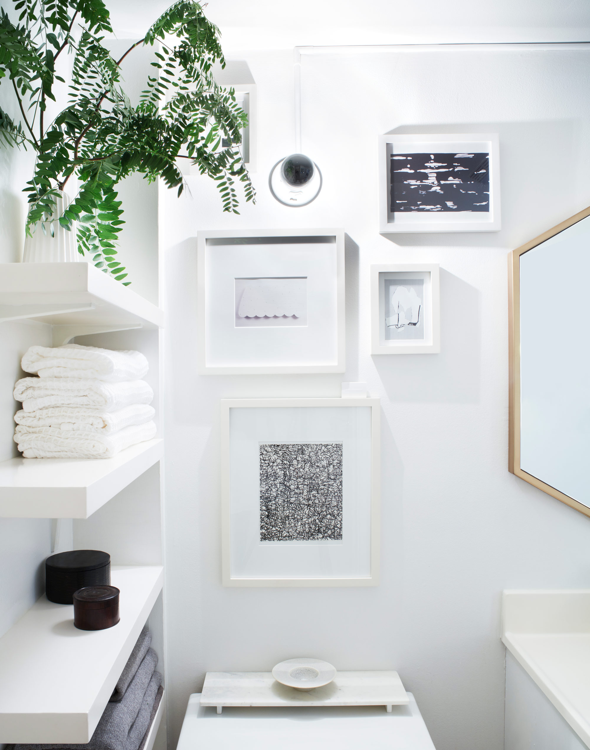 Laura-Cattano-bathroom-art.jpg