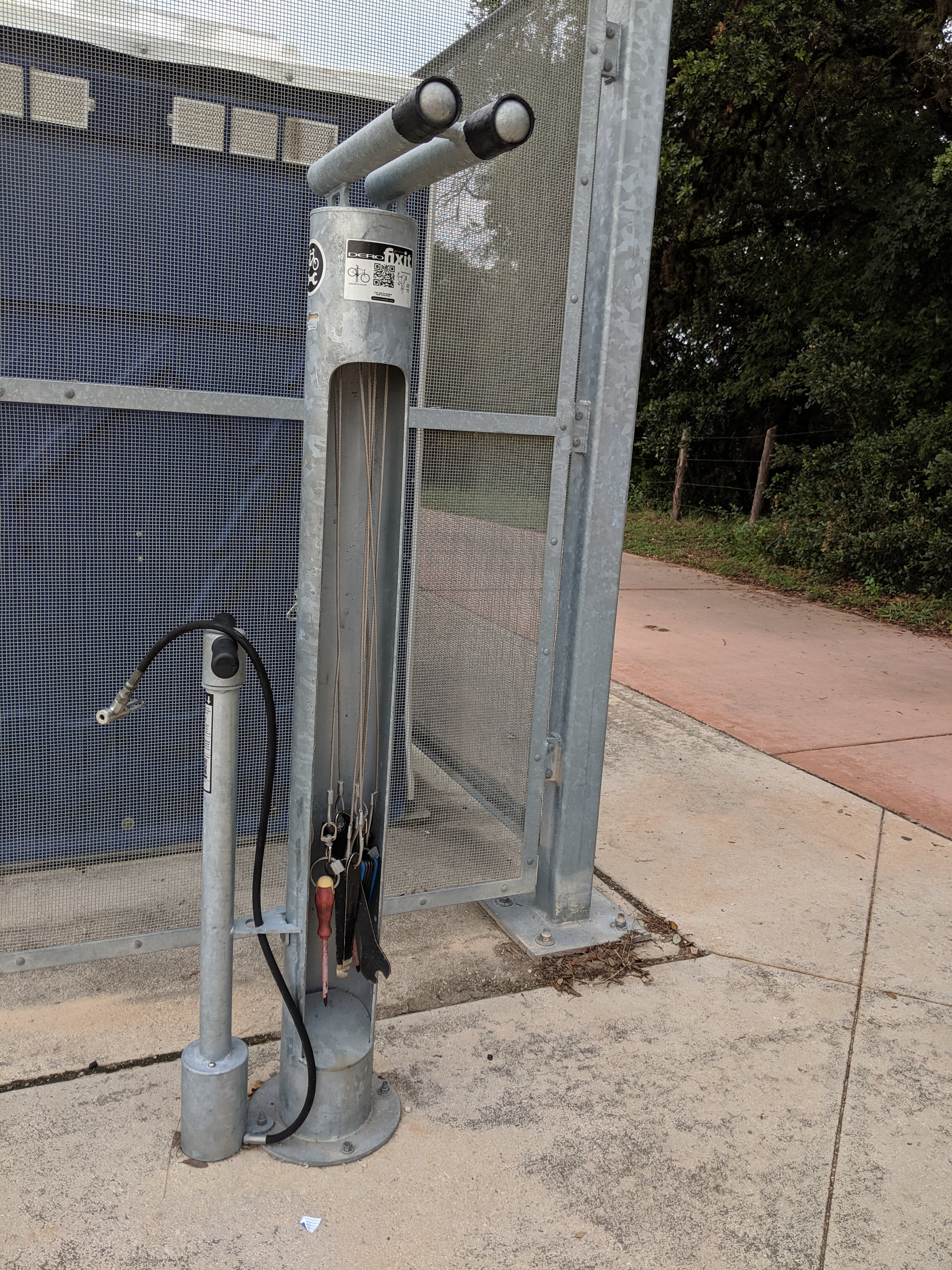 Bicycle Repair Station - There is a bicycle repair station located at the Voelcker Homestead Trailhead.The station has tools that are commonly needed in bike repair and an air pump station.Bicycle Parking is located throughout the park