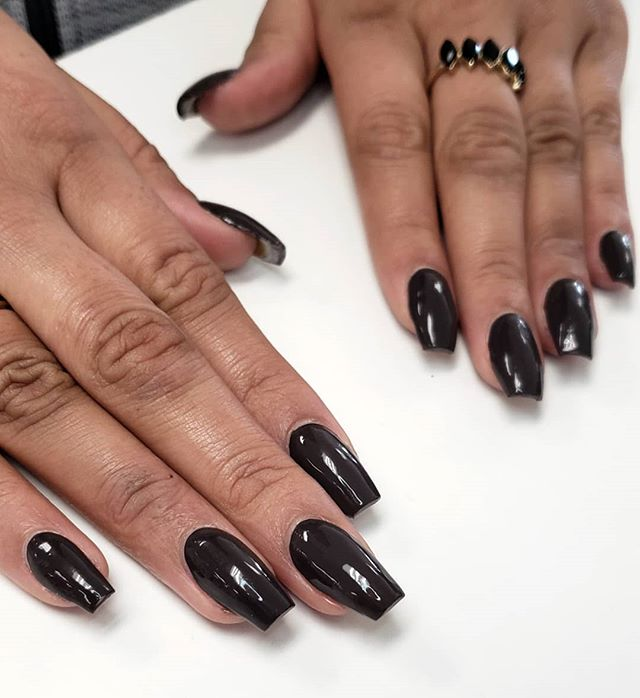 🖤🖤🖤 . . . . . #kassavalife #thesacrednail #bntc #blackgirlsdonails #nailpro #acrylicnails #blackcat #sacramento #elkgrove #midtownsac #editorialnails #coffin #clusterring #916nails #elkgrovenails #fairfieldnails #blackout #blackgirlmagic #norcal