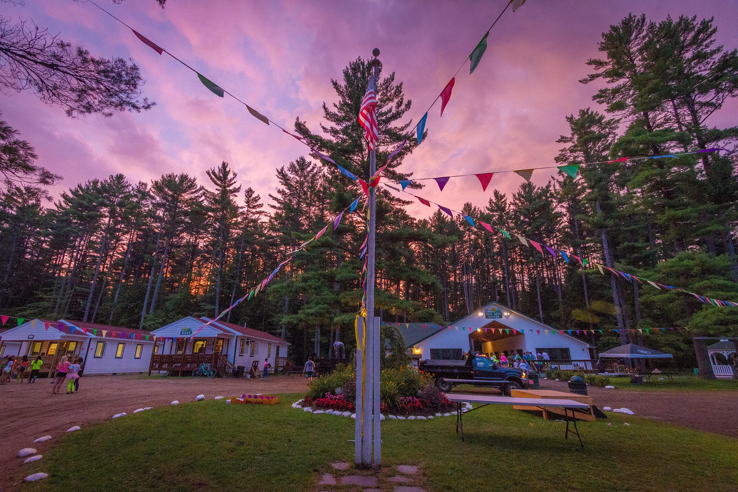 Camp-Echo-Lake-Header1.jpg