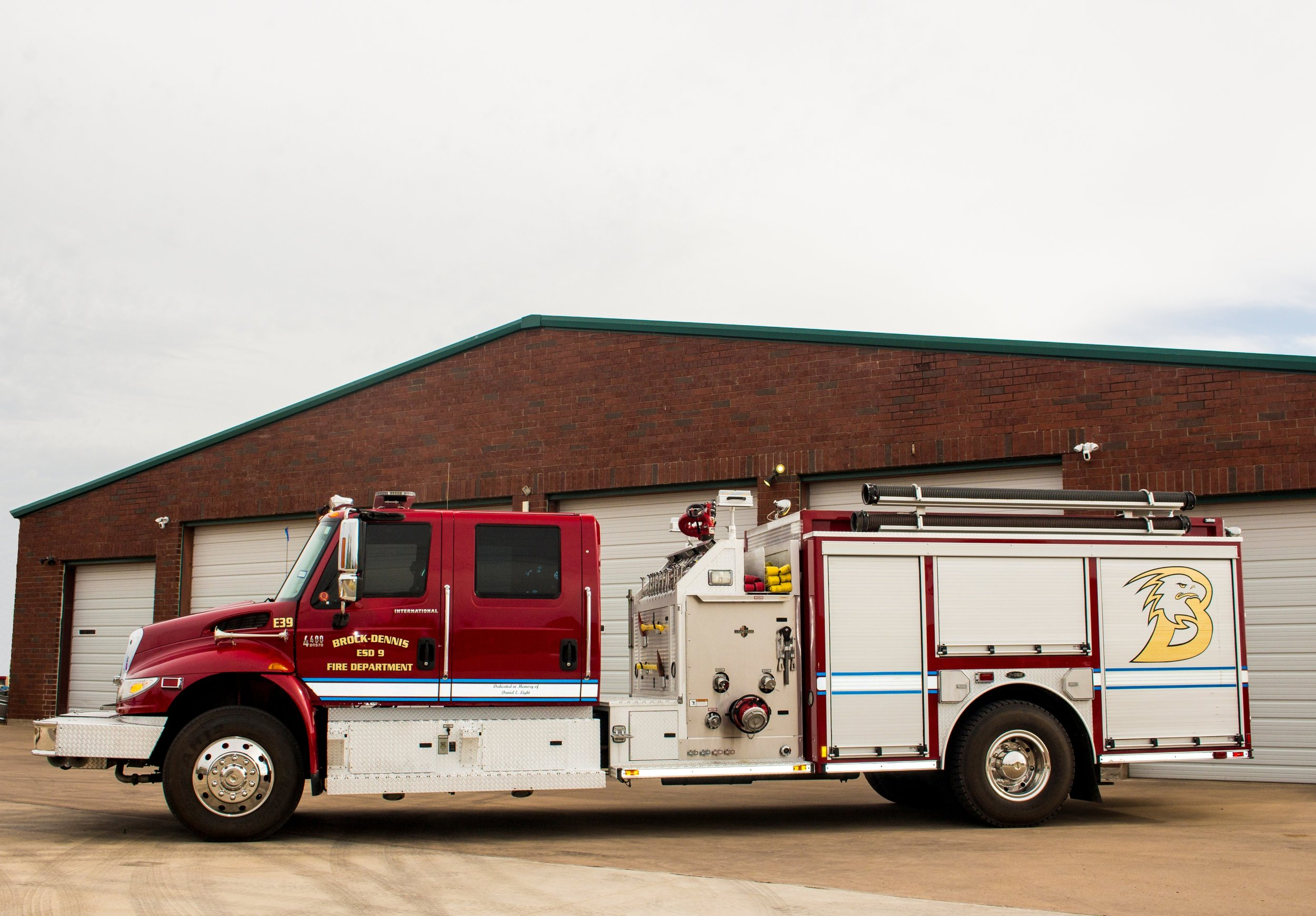 E39 - Stationed at Station 2 is our 2006 International built by E-One. This truck has been our department's work-horse since 2006. It features a 1000 Gallon Tank and a 1700 GPM pump while still carrying 5 firefighters.