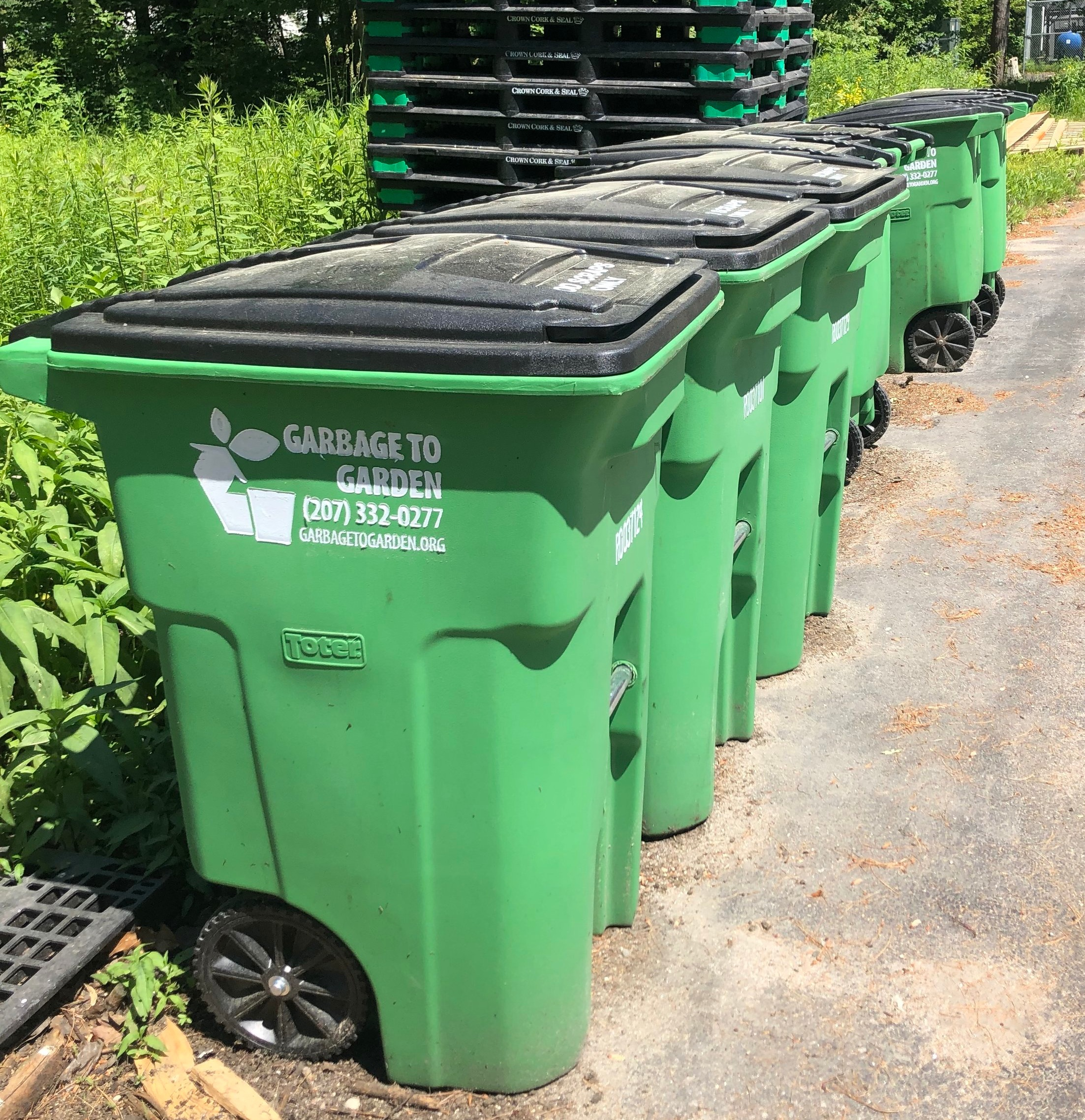 RECYCLING & COMPOST - We reduce landfill waste by recycling and composting everything we can.