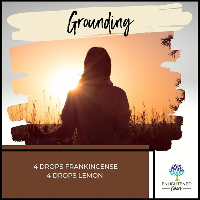 With holiday season upon us, it's important to have a practice to bring your self out of the chaos and back to balance.  What is your daily grounding practice?  Grounding 4💧Frankincense  4💧Lemon * * * * #diffuserrecipes  #enlightenedoilers #essentialoils #youngliving #naturalliving #wellness #plantbased #essentialoilswork #essentialoilsrock #essentialoilsforlife #oilsforeverything  #yleo #younglivingessentialoils #younglivingeo #theresanoilforthat #nontoxic #holistichealth  #naturalsolutions #oilylife #oilymom #oilyfamily #grounding #frankincense #lemon #meditation #escapechaos #getquiet #relax