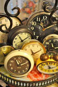 antiqueclocks-202x300.jpg