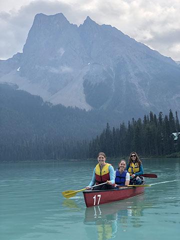 Emerald-Lake-Canoe-1.jpg