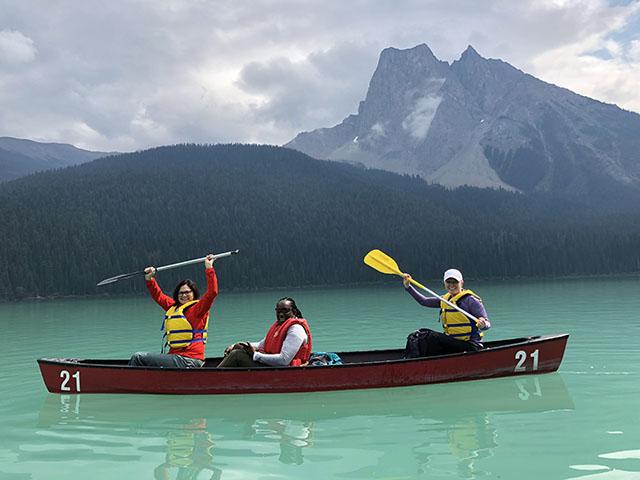 Emerald-Lake-Canoe-2.jpg