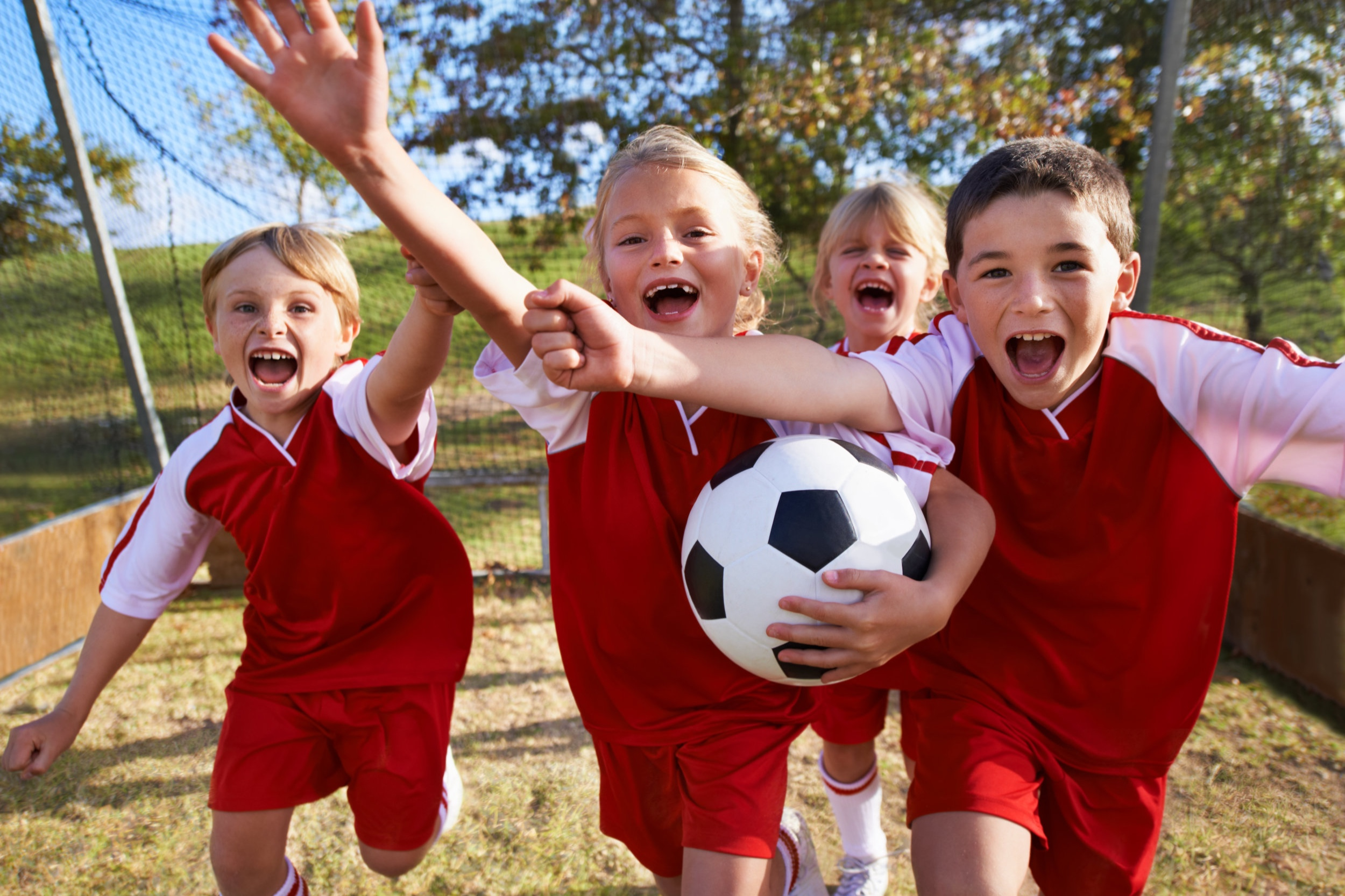 5 - 6 Years - Fun activities and fundamentals training that refine the skills from earlier sessions and introduces new ones. Learning sportsmanship and teamwork.