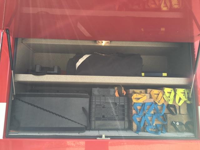 211 Cribbing Compartment.JPG