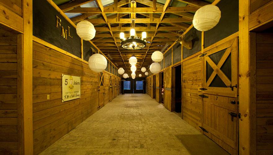 stables04.jpg