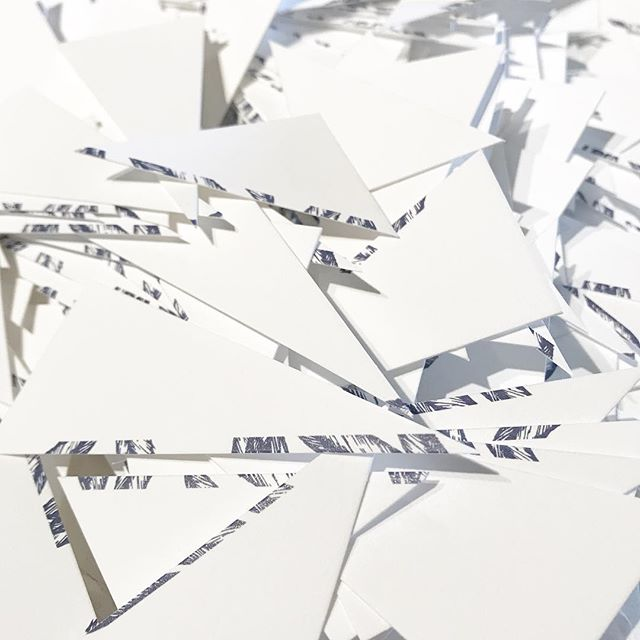 those awkward shape invite clippings 🙌🏼🙌🏼 #lovedontacostathing #oedweddings #onedgedesigns
