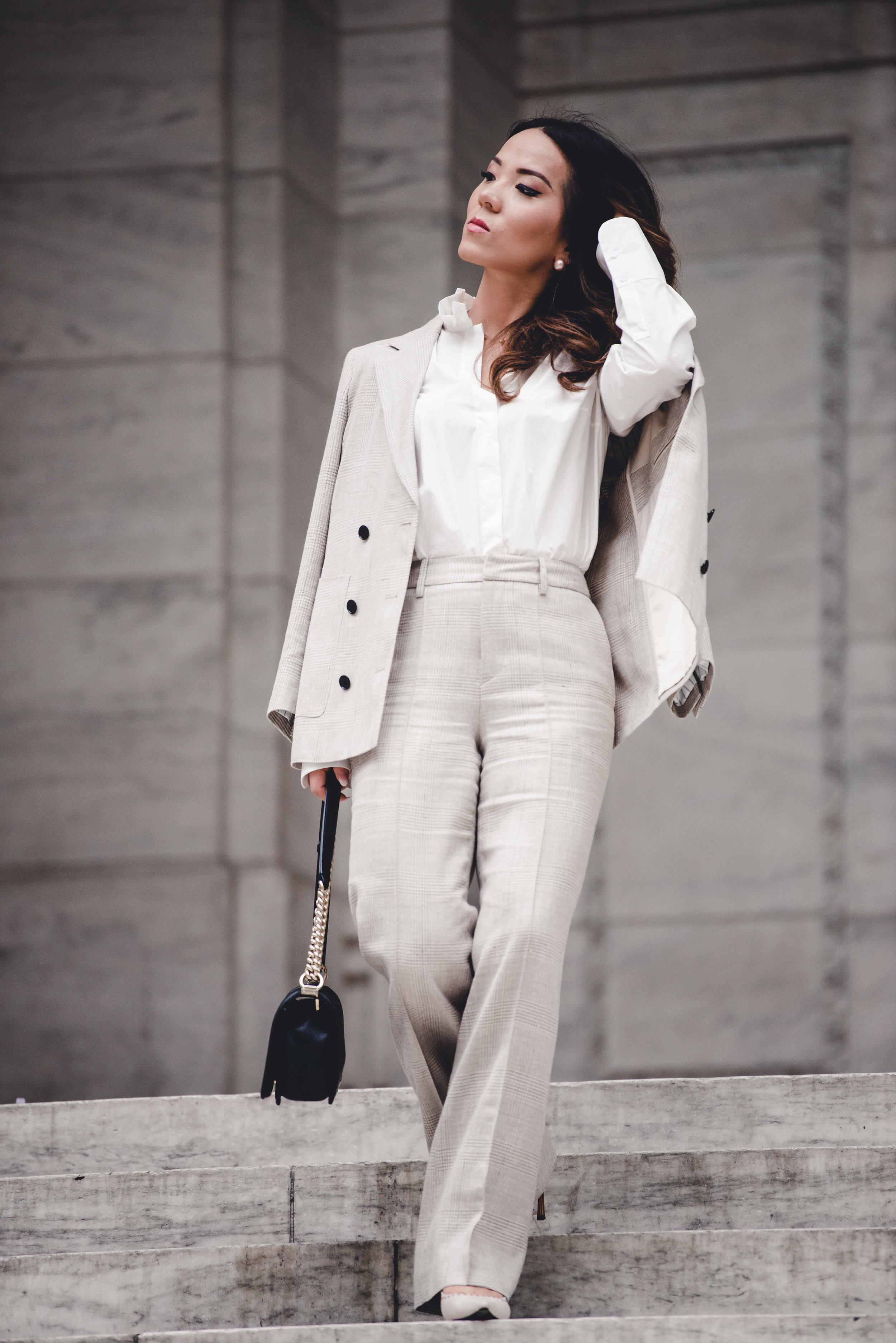 Suistudio-beige-color-suit-set-3.jpg