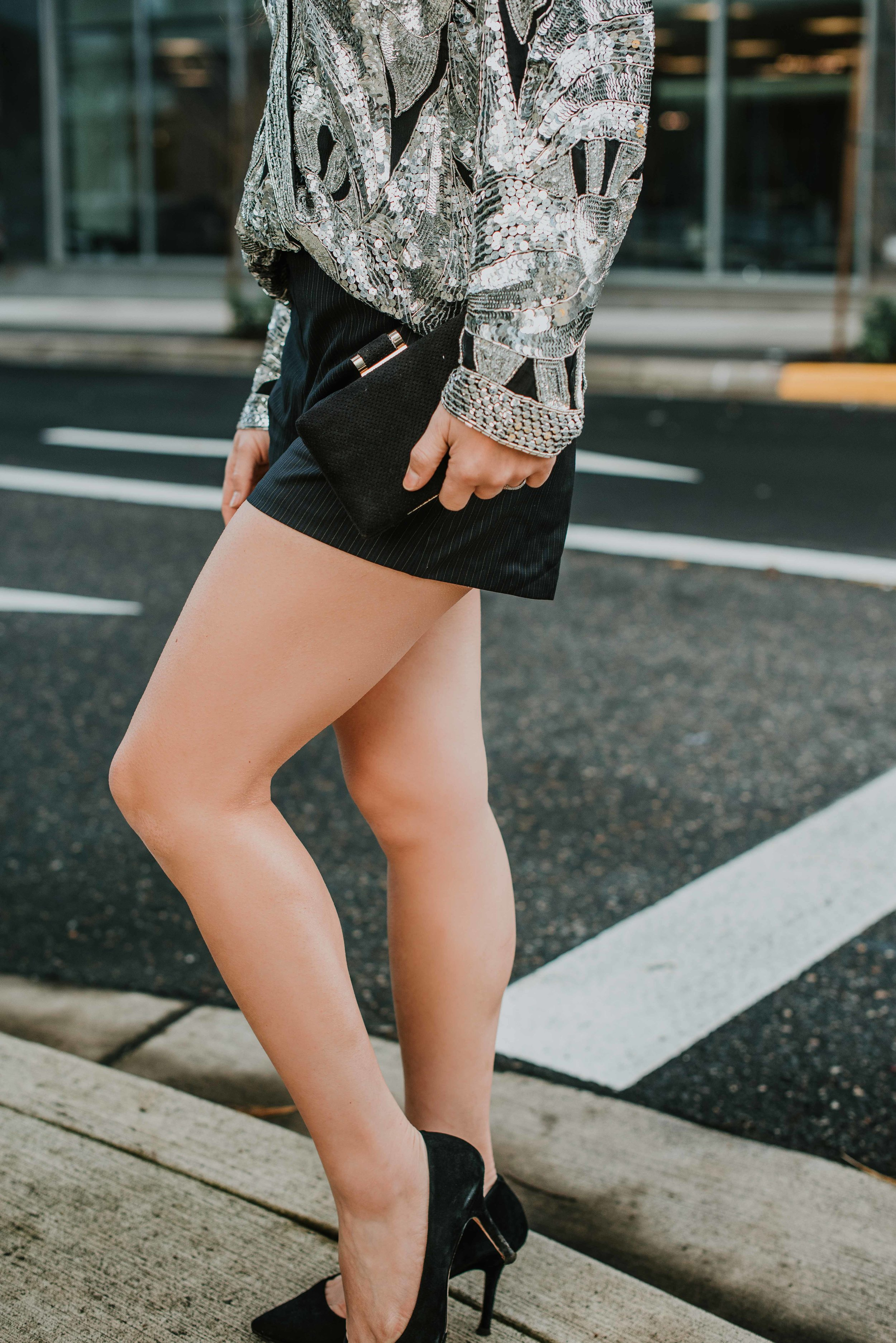 Shiny-sequin-jacket-with-short-8159.jpg