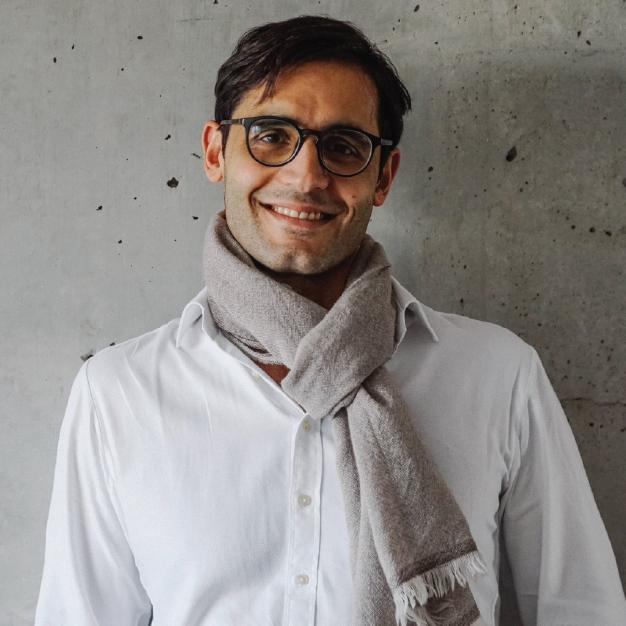 Tareq Kour  // Managing Partner /  linkedin  /  twitter