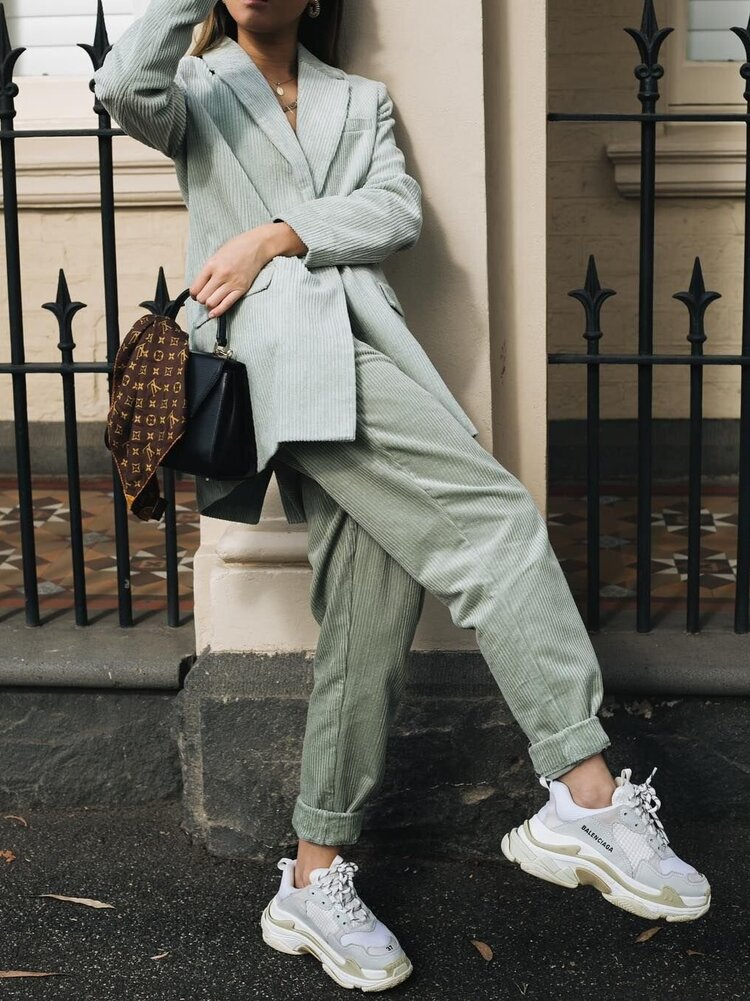 9 travel outfits for when you don't know how to dress on the road