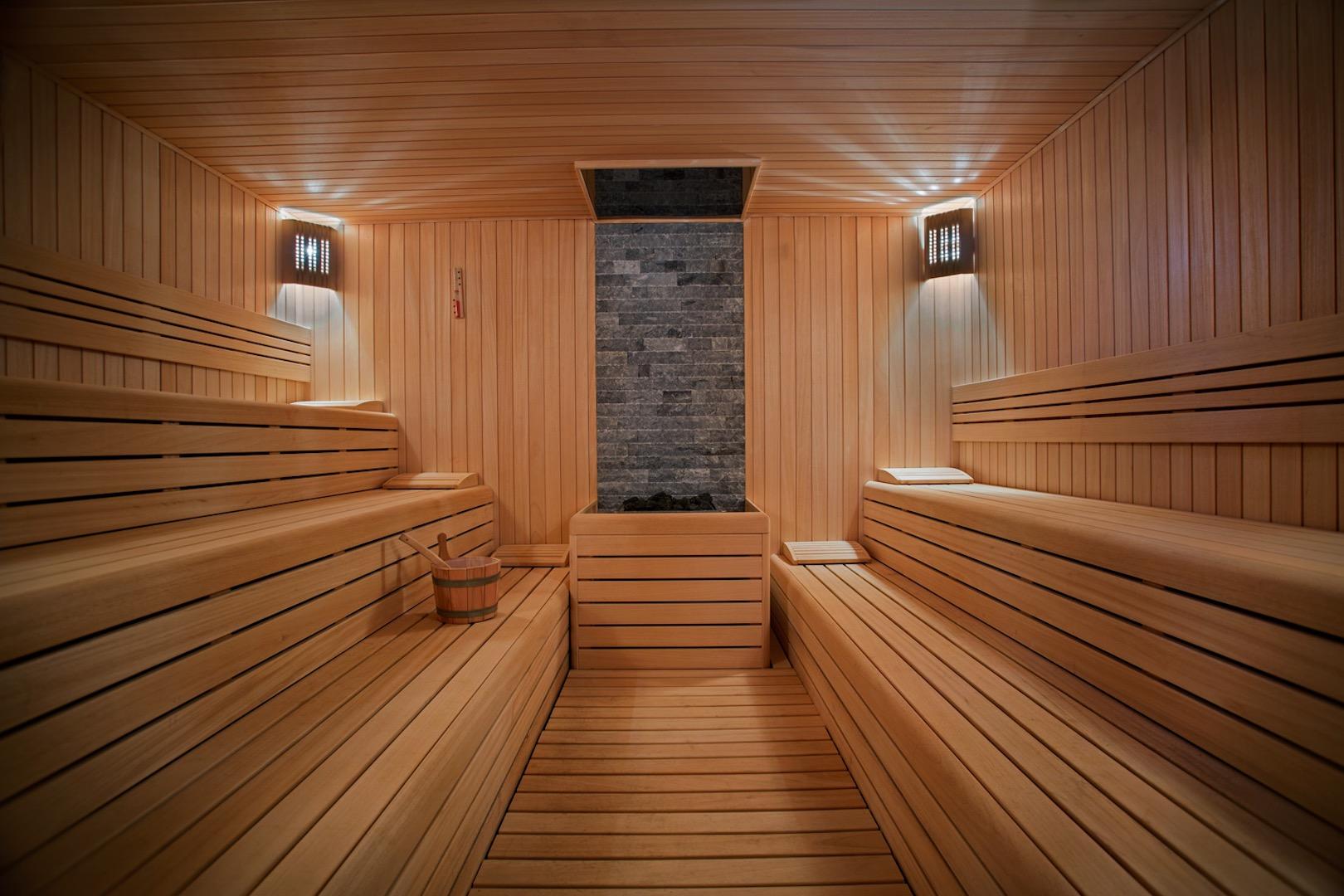 int_opt_Conrad-Sauna.jpg