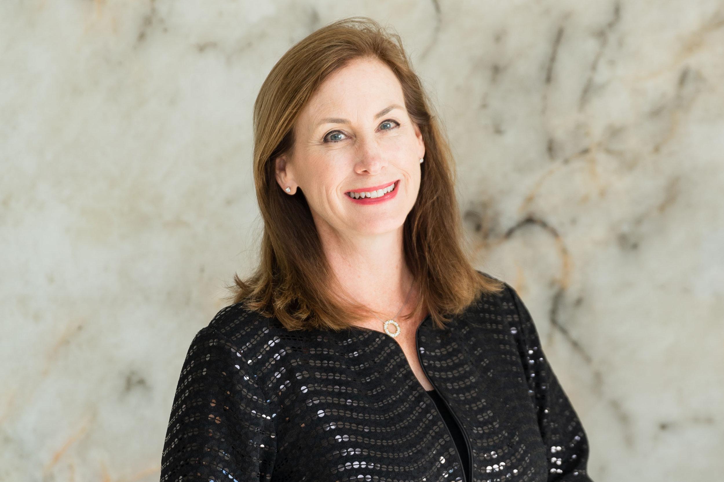 Elizabeth Connell, Esq, DM<br><em> Attorney, Founder & President, Sand Hill Insurance Services</em>