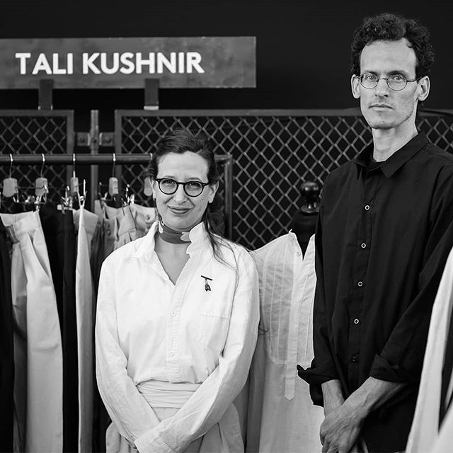 Inspired by the workwear of the past, the Israeli fashion label Tali Kushnir combines tailor-made, sustainable clothing with innovative designs. It was great having you at our show @talikcollect! . . . #craftsmanship #zeitgeist #talikushnir #artandfashion #selvedgerun #workersstyle #tailored #workwear #tailoredclothing #vintagedesign #sustainableclothing #sustainablefashion #sustainablestyle #sustainability #fairfashion #selvedge #qualitygoods #tailoredfashion