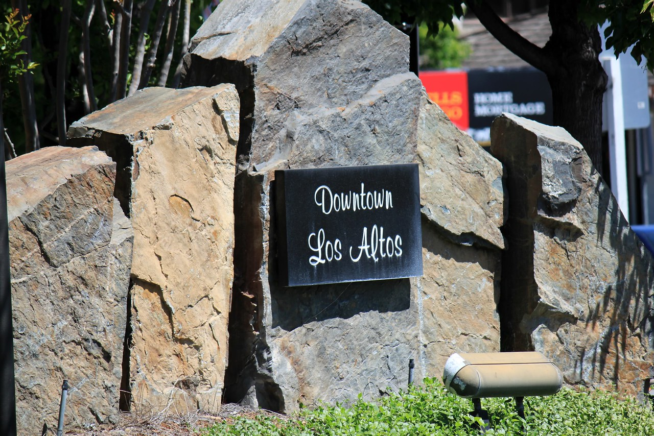 Downtown Los Altos Sign.jpg