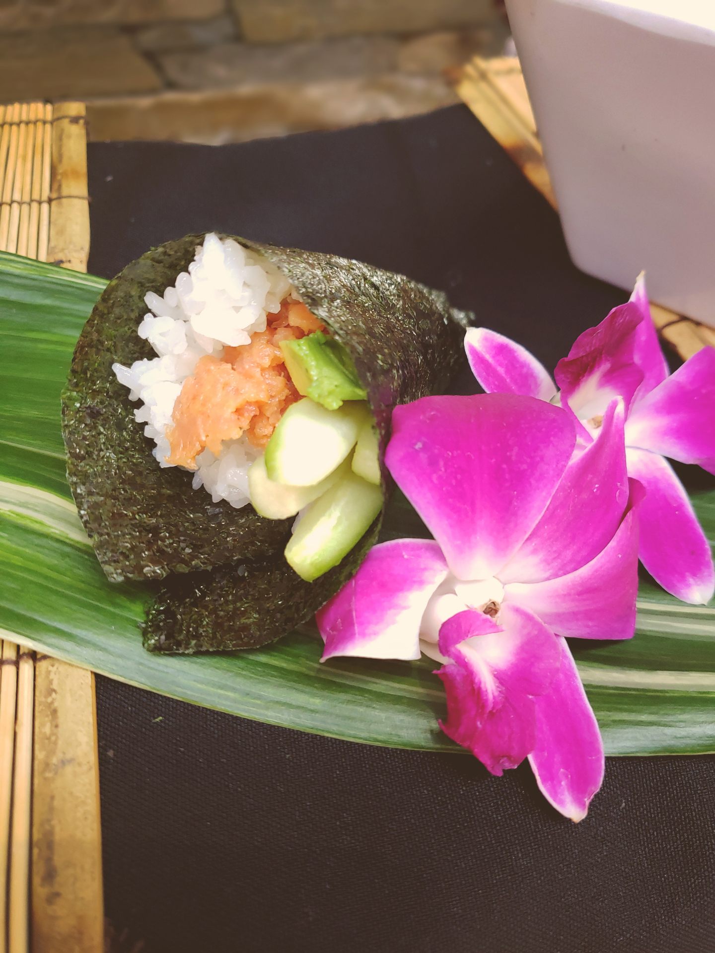 akioni-catering-sushi-teppanyaki-sashimi-authentic-japanese-cuisine-hawaiian-los-angeles.jpg