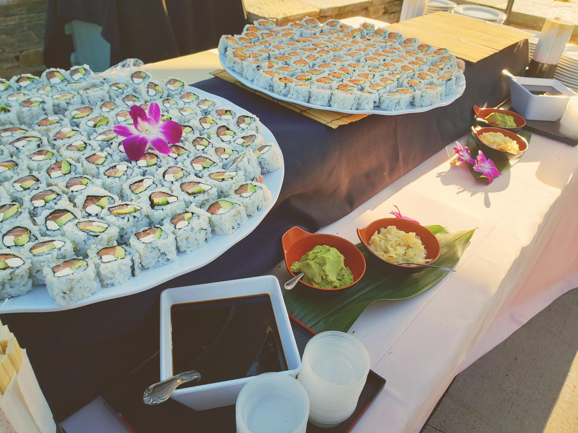 akioni-catering-sushi-teppanyaki-authentic-japanese-cuisine-los-angeles-sashimi-hawaiian-bbq.jpg