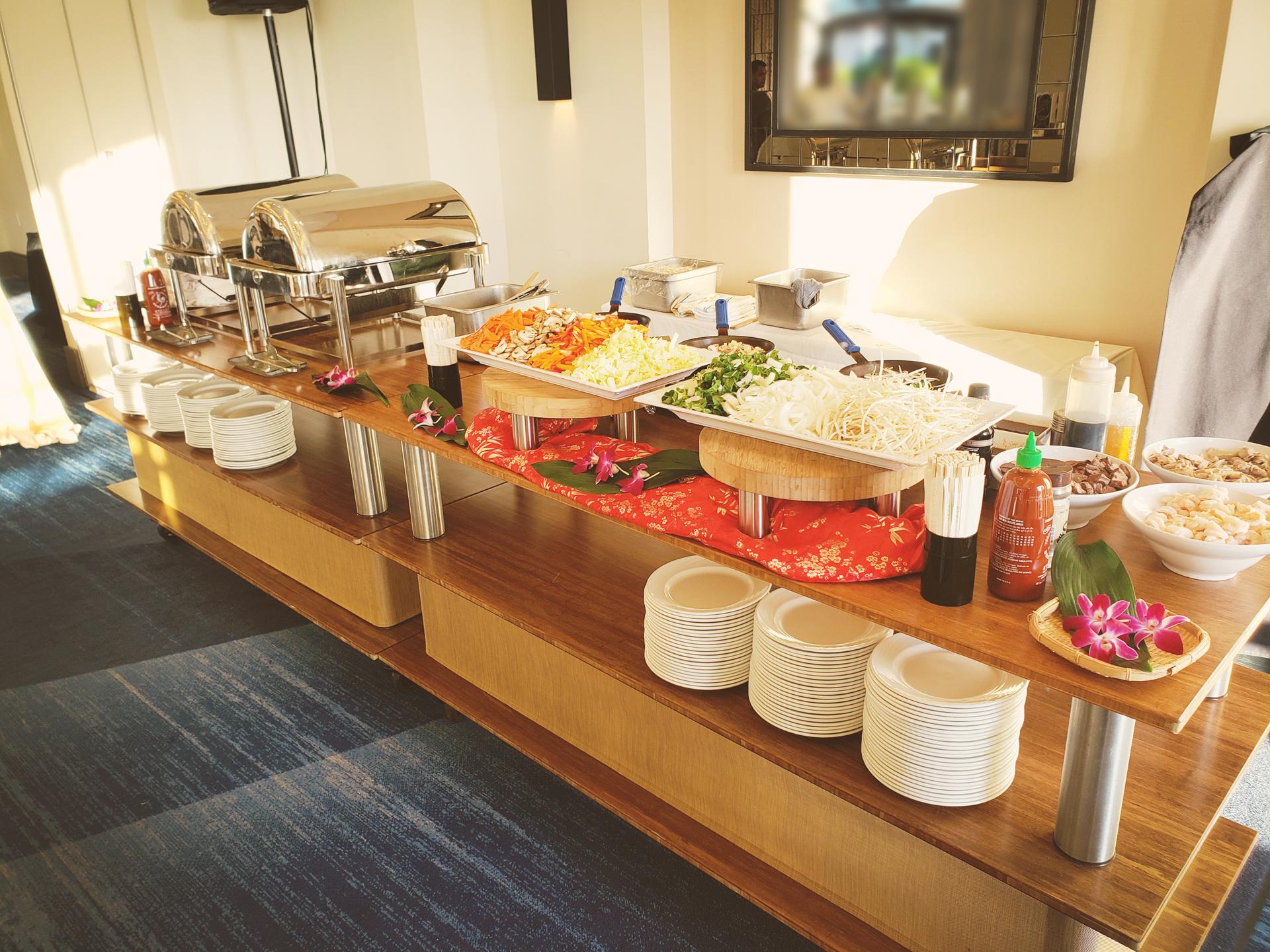akioni-catering-sushi-teppanyaki-luau-japanese-cuisine-hawaiian-bbq-buffet.jpg