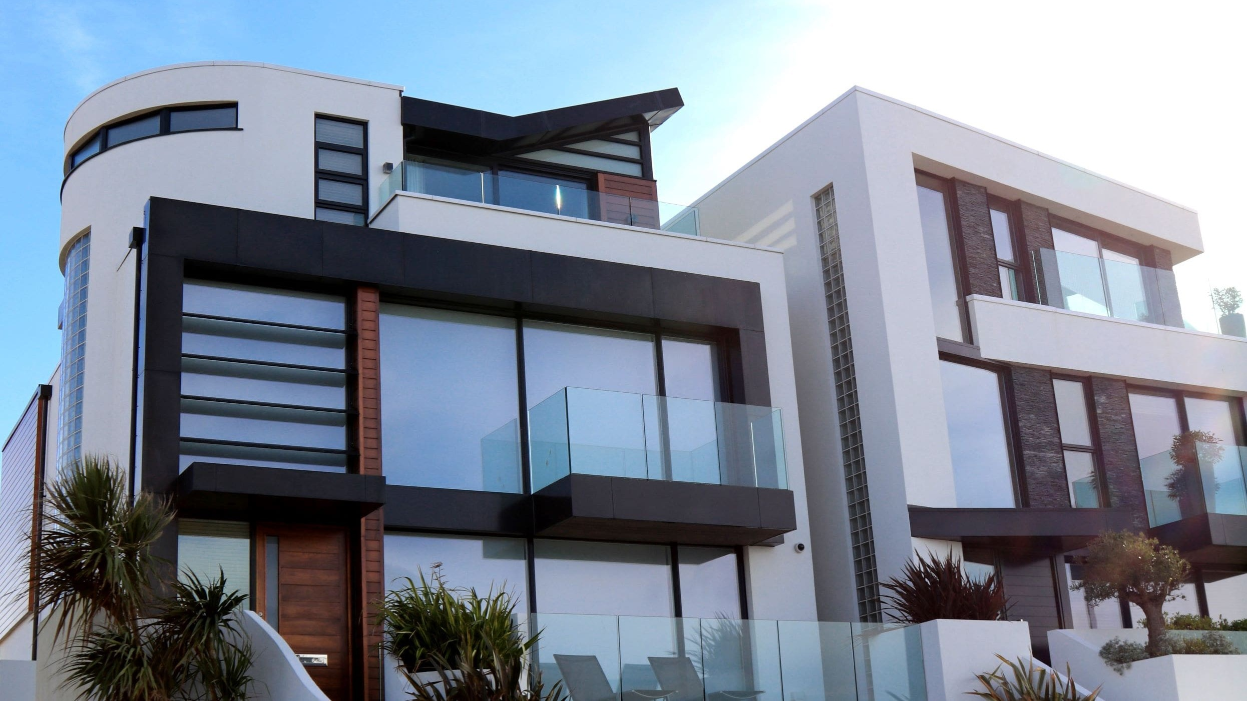 Specialised & Customised Glass -